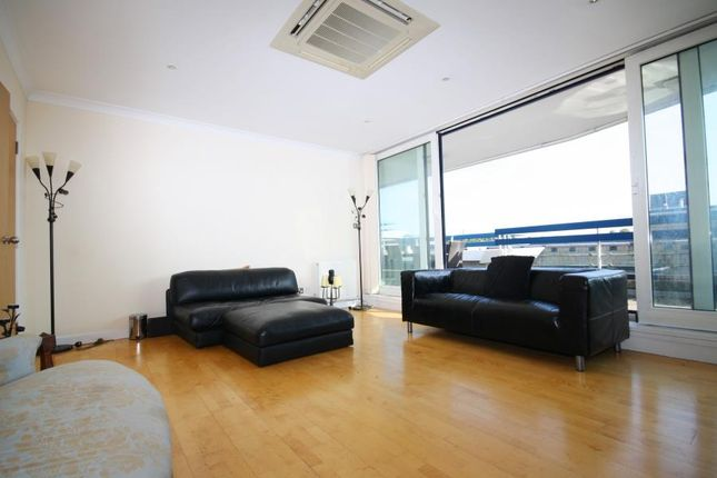 Thumbnail Flat for sale in Astoria Court, Purley