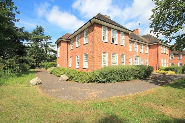 Thumbnail Flat to rent in Cayton Road, Coulsdon