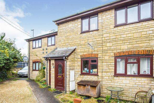 Flat for sale in Queen Street, Gillingham