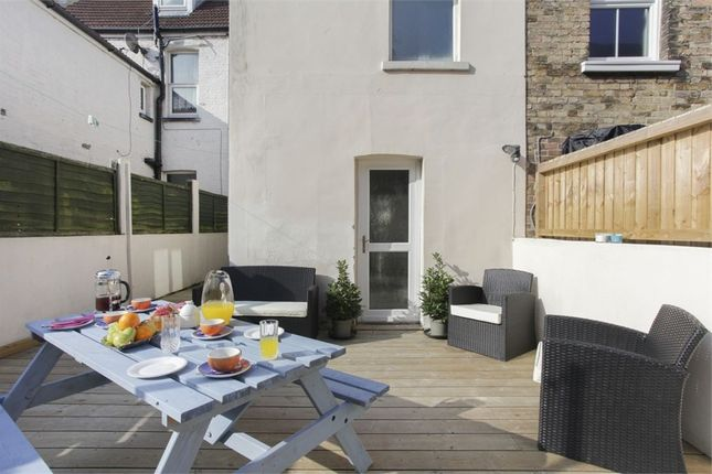 Thumbnail Terraced house to rent in Hatfeild Road, Margate