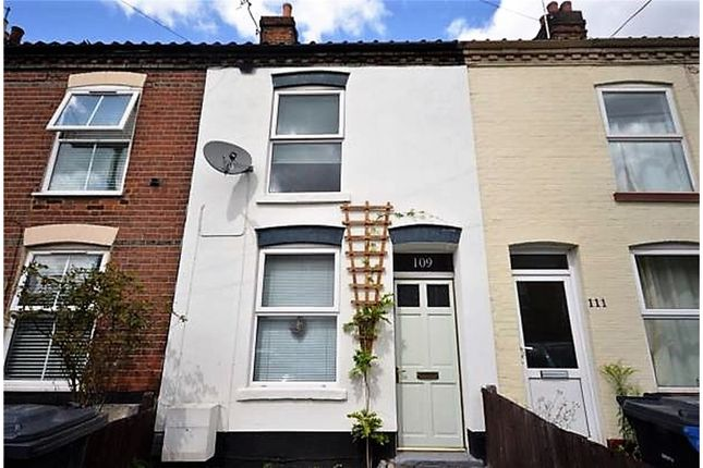 Thumbnail Terraced house for sale in Magpie Road, Norwich