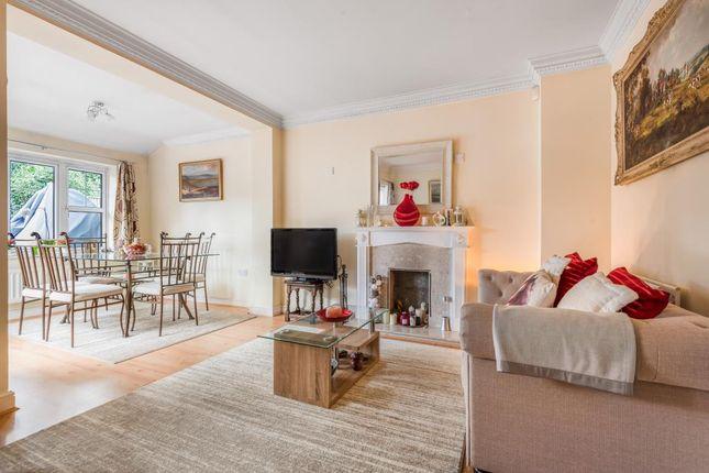 Sitting Room of Four Oaks, Chesham HP5