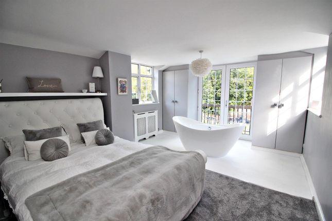 Img_1686 Bedroom of Inglewood Gardens, North Orbital Road, St.Albans AL2