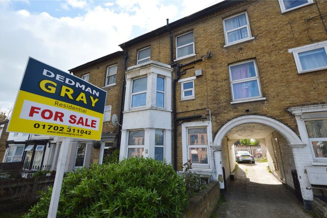 Thumbnail Maisonette for sale in Southchurch Avenue, Southend On Sea, Essex