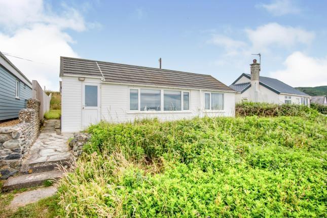 Thumbnail Bungalow for sale in Aberdesach, Gwynedd