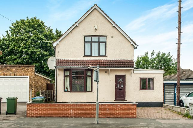 Thumbnail Detached house for sale in St. Albans Road, Watford
