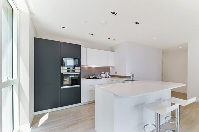 Kitchen of 16 Woodberry Down Finsbury Park, London N4