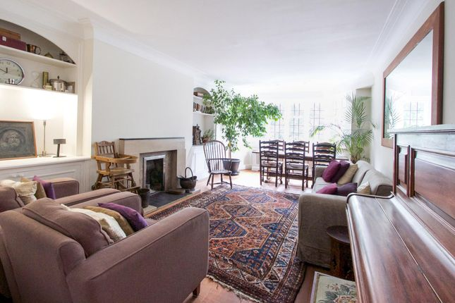 Thumbnail Flat for sale in Highlands Heath, Portsmouth Road, London