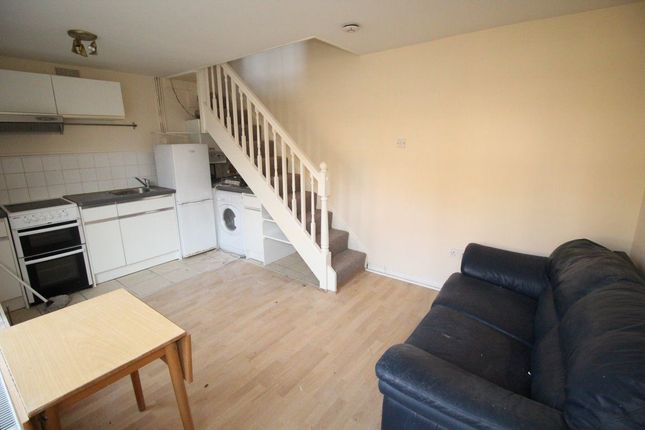 1 bed flat to rent in Stanley Street, Luton