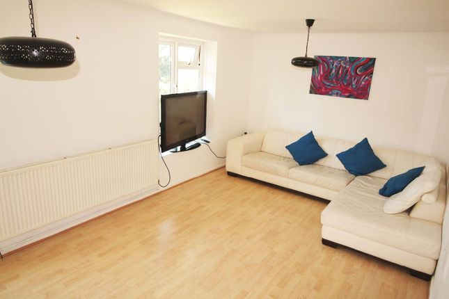 Thumbnail Flat to rent in Cromwell House, Sydney Road, Muswell Hill