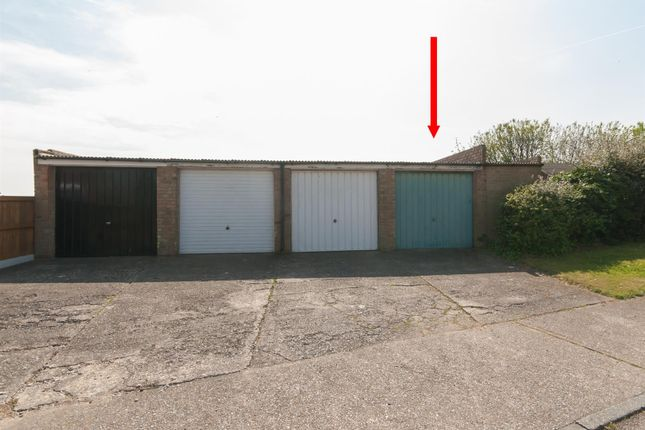 Parking/garage for sale in St. Jeans Road, Westgate-On-Sea