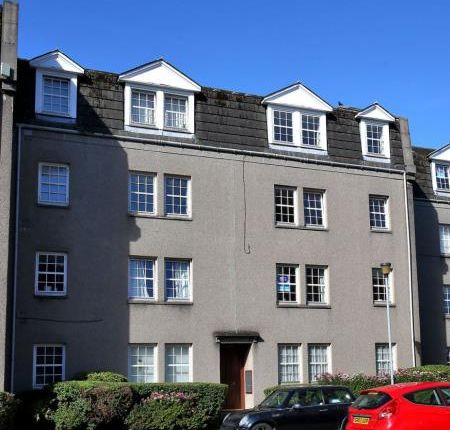 2 bed flat to rent in Picardy Court, Rose Street, Aberdeen AB10