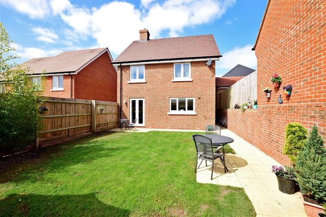 Thumbnail Detached house for sale in Roedeer Close, Emsworth, Hampshire