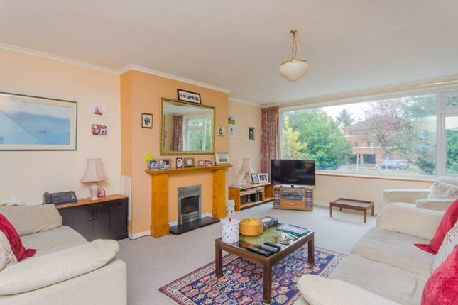 Thumbnail Terraced house for sale in The Avenue, Beckenham