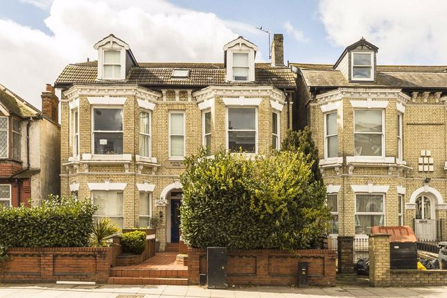 1 bed flat for sale in Trinity Road, London SW17