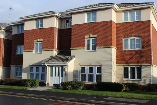 Thumbnail Flat to rent in Foundry Lane, Sunningdale Park, Widnes