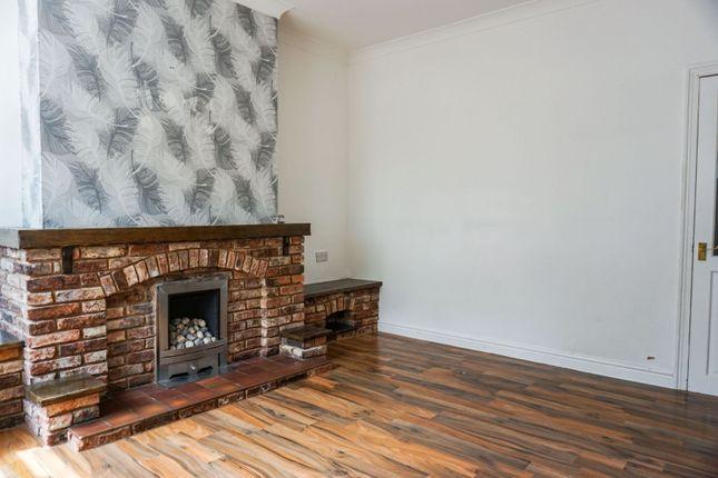 Lounge of Weeland Road, Sharlston Common, Wakefield WF4