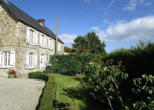 8 bed property for sale in 14330, Le Molay-Littry, Fr