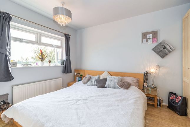 Master Bedroom of Setts Way, Wingerworth, Chesterfield, Derbyshire S42
