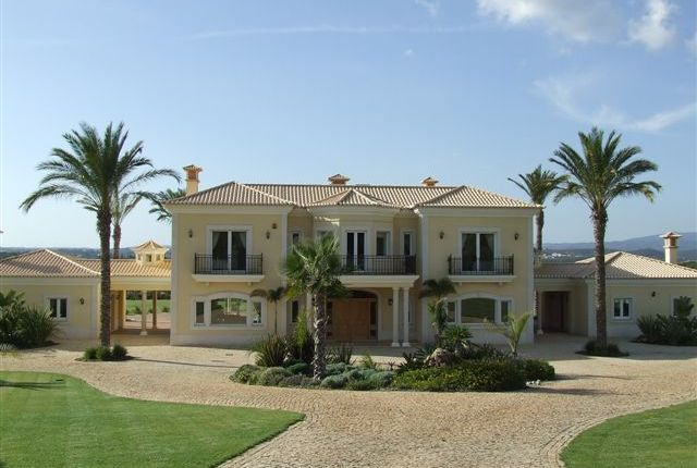Thumbnail Villa for sale in Portugal, Algarve, Portimao