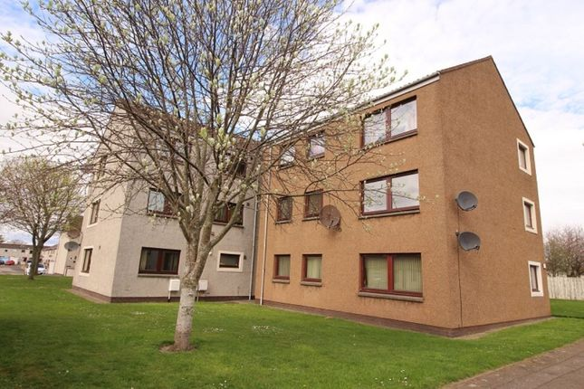 Thumbnail Flat to rent in Langley Avenue, Montrose