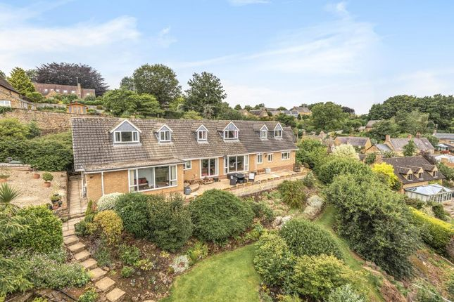 Thumbnail Detached house for sale in Shotteswell, Nr Banbury