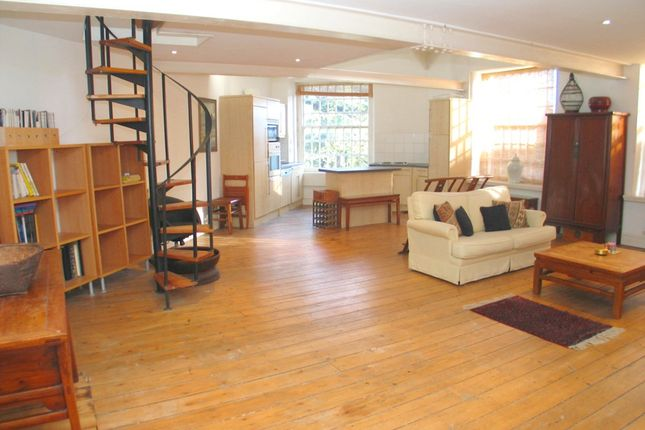 Thumbnail Flat to rent in Osterley Views, Norwood Green, Nr. Hanwell, Ealing