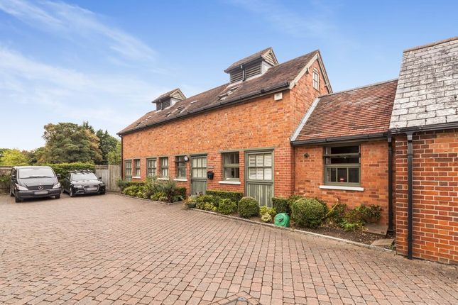 Thumbnail Semi-detached house to rent in Shute End, Wokingham