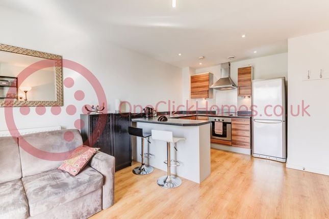 Thumbnail Flat for sale in Parnham Street, London