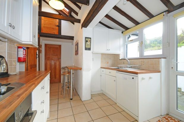 Thumbnail Detached house to rent in Lower Buckland Road, Lymington