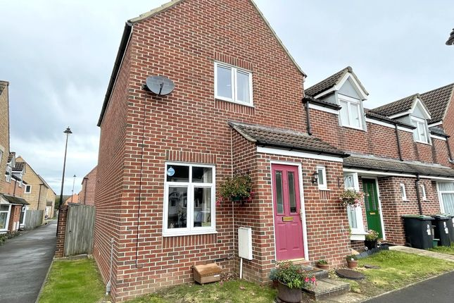 Thumbnail End terrace house to rent in Goldfinch Gate, Gillingham