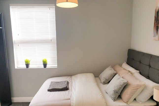 Thumbnail Room to rent in Goldenhill Road, Fenton, Stoke-On-Trent
