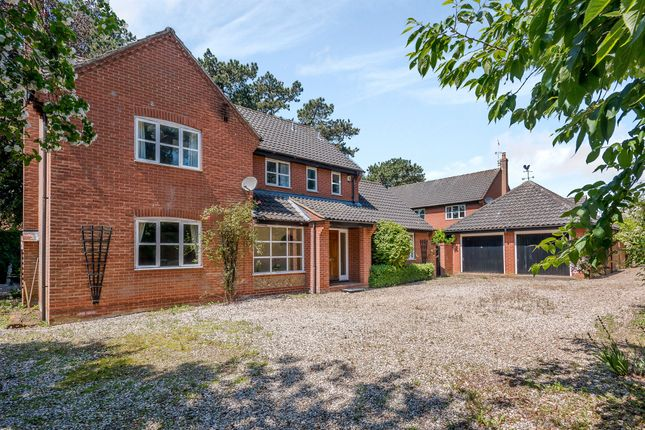 Thumbnail Detached house for sale in Harp Close, Fakenham