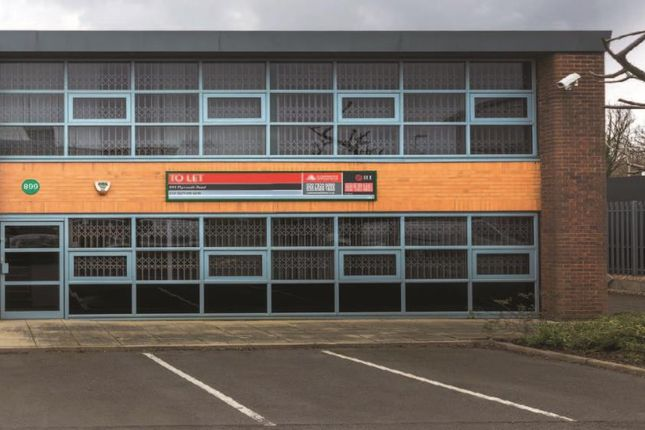 Industrial to let in 899 Plymouth Road, Slough Trading Estate