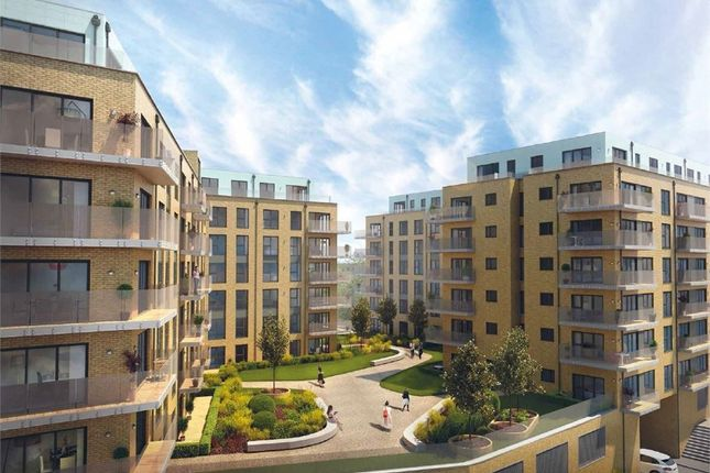 Thumbnail Flat for sale in Langley Square, Mill Pond Road, Dartford