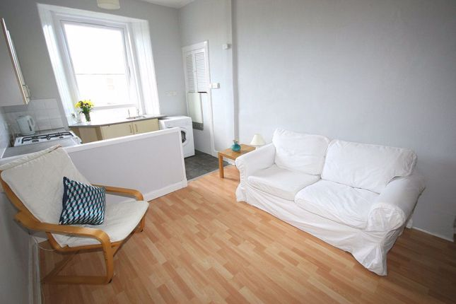 Thumbnail Flat to rent in Downfield Place, Edinburgh