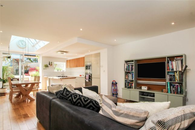 Thumbnail Terraced house for sale in Milton Place, Bideford