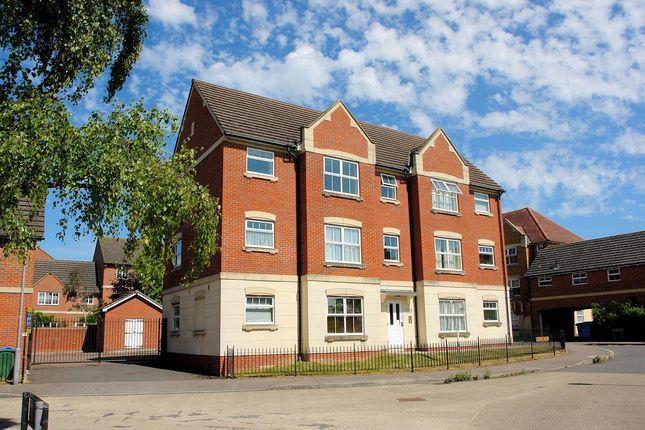 Thumbnail Flat to rent in Juniper Drive, Weston Turville, Aylesbury