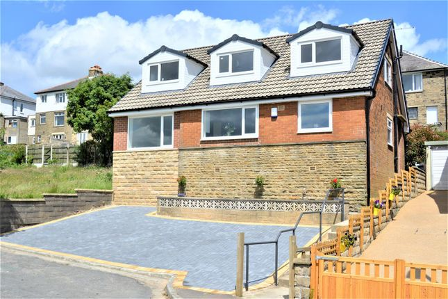 4 bed detached house for sale in Greenfiled Ave, Oakes, Huddersfield