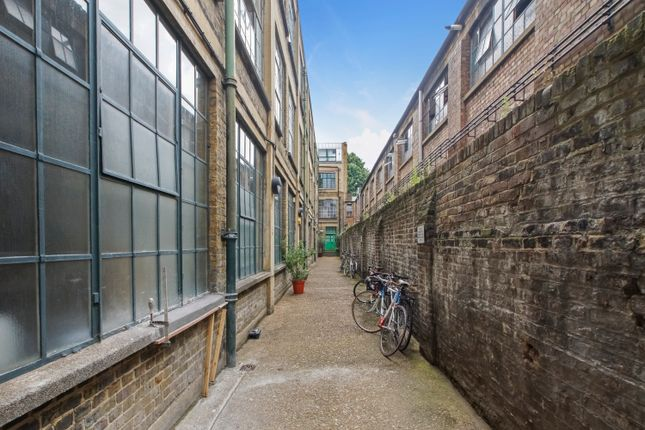 Thumbnail Office to let in Ground Floor, 47-49 Tudor Road, London Fields, London