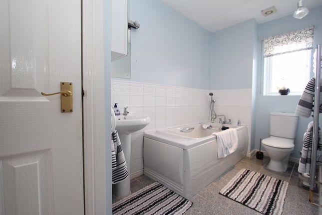 Bathroom of Cilgant Y Meillion, Rhoose, Barry CF62
