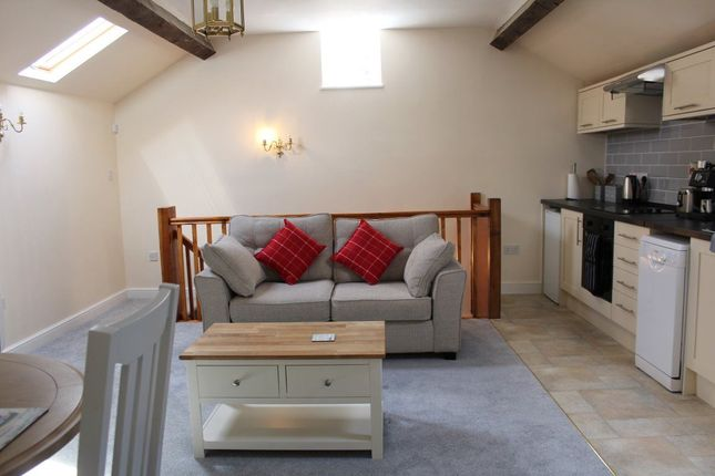 Thumbnail Flat to rent in The Orchard, Staverton, Daventry
