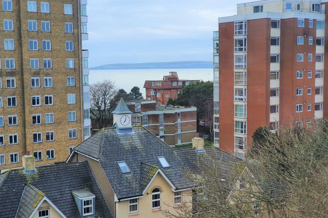 Flat for sale in West Cliff Road, Westbourne, Bournemouth