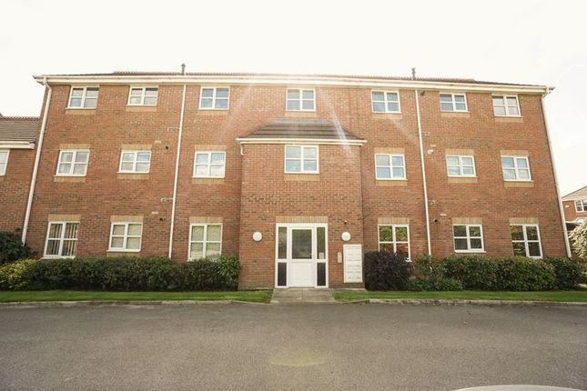 Thumbnail Flat to rent in Angelbank, Horwich, Bolton