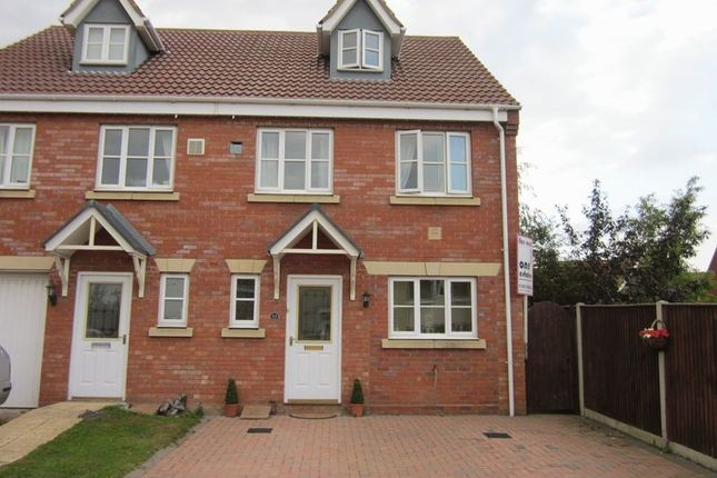 4 bed semi-detached house to rent in Diprose Drive, Lowestoft NR32