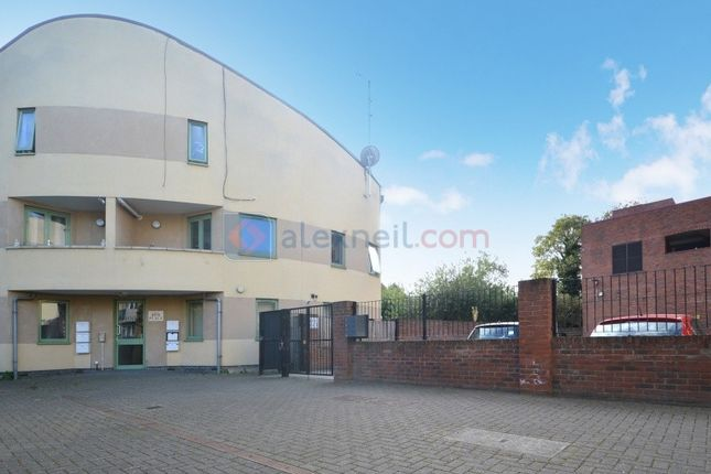 Thumbnail Flat for sale in Talbot Road, London
