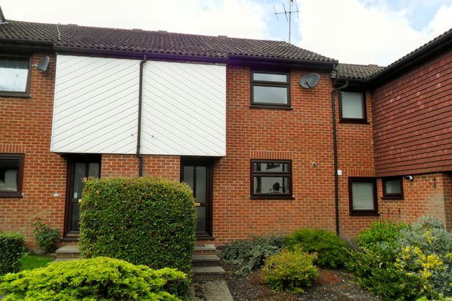 Thumbnail Terraced house to rent in Montrose Close, Whitehill