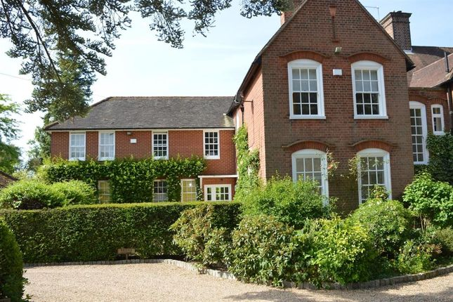 Thumbnail Terraced house to rent in Hitcham Lane, Burnham, Slough
