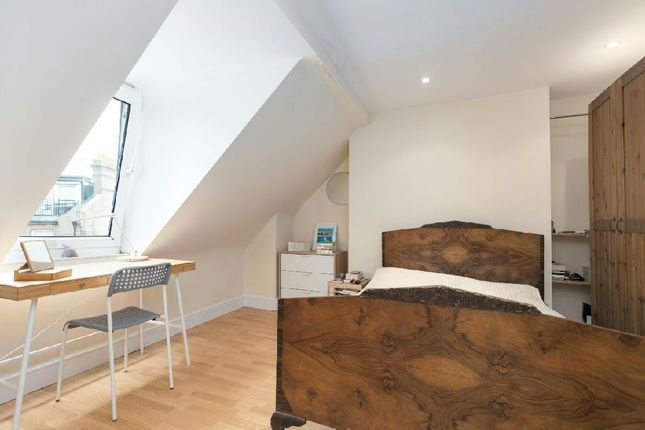1 bed flat for sale in Pilgrims Lane, Hampstead Village