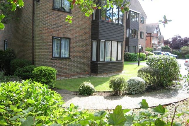 Thumbnail Flat to rent in The Firs, Summertown, Oxford